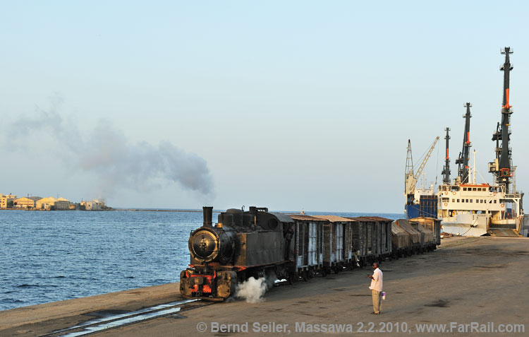 Massawa - a freight train in the harbour